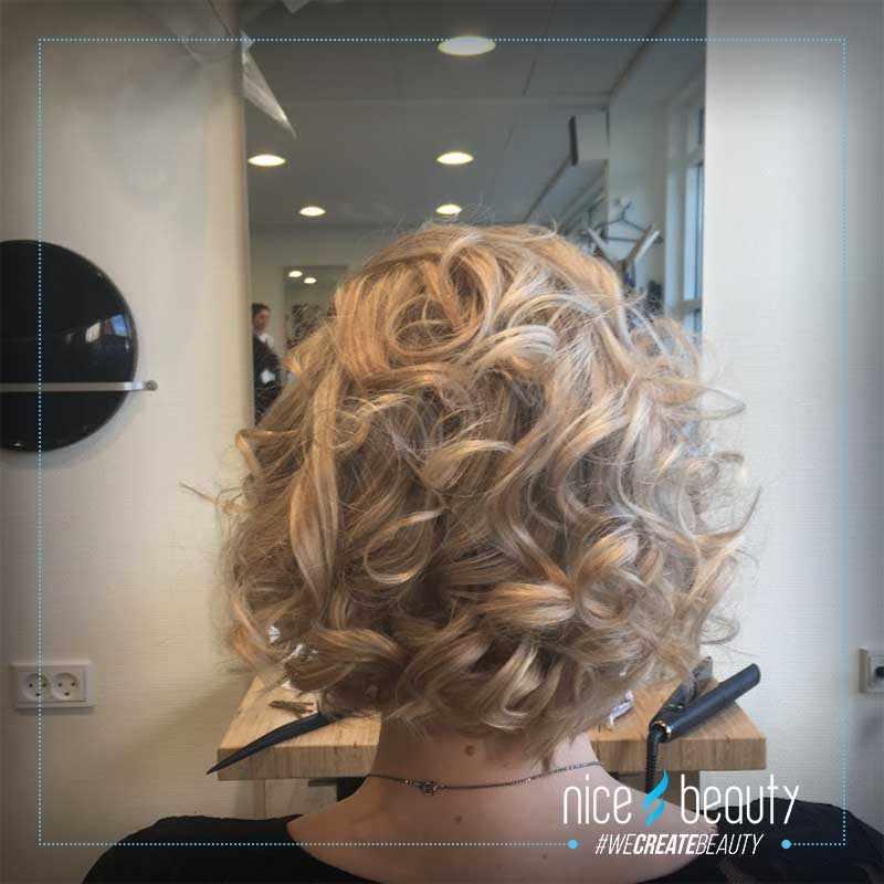 opsætning af krøllet hår