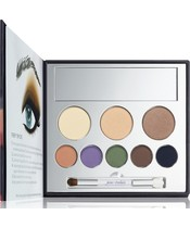 Jane Iredale In The Blink Of A Smoky Eye