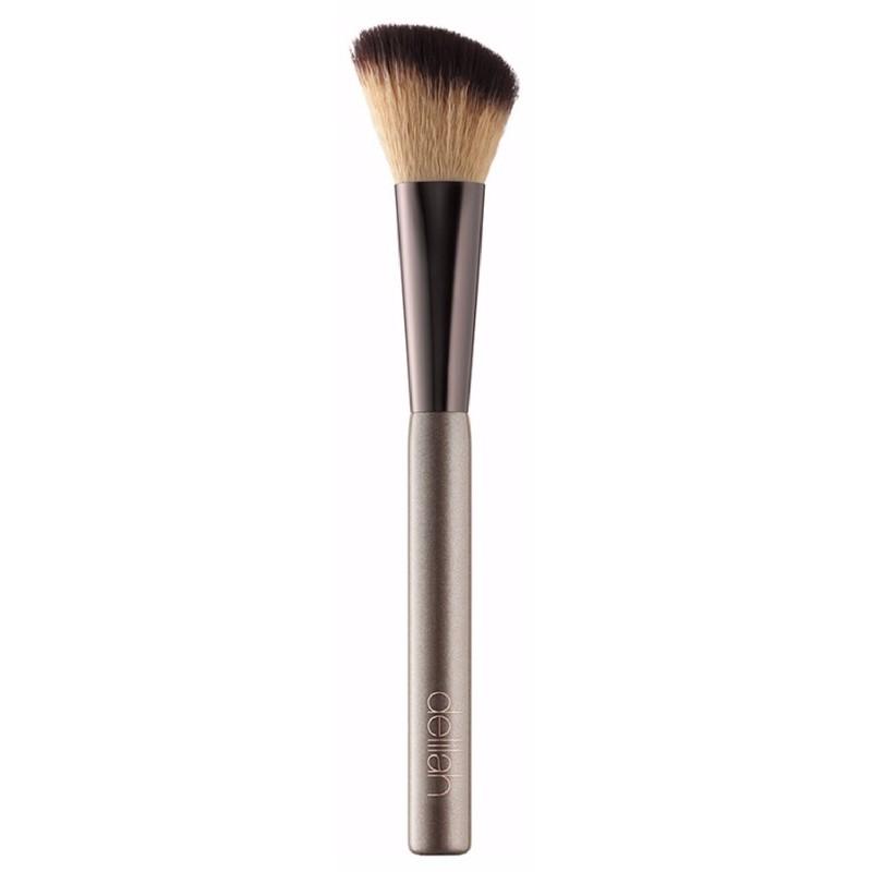 Delilah cosmetics – Delilah large powder brush fra nicehair.dk